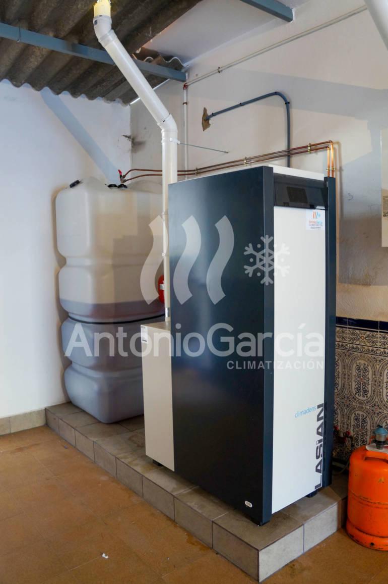 Instalación de caldera de gasoil para radiadores y producción de agua caliente sanitaria 💧